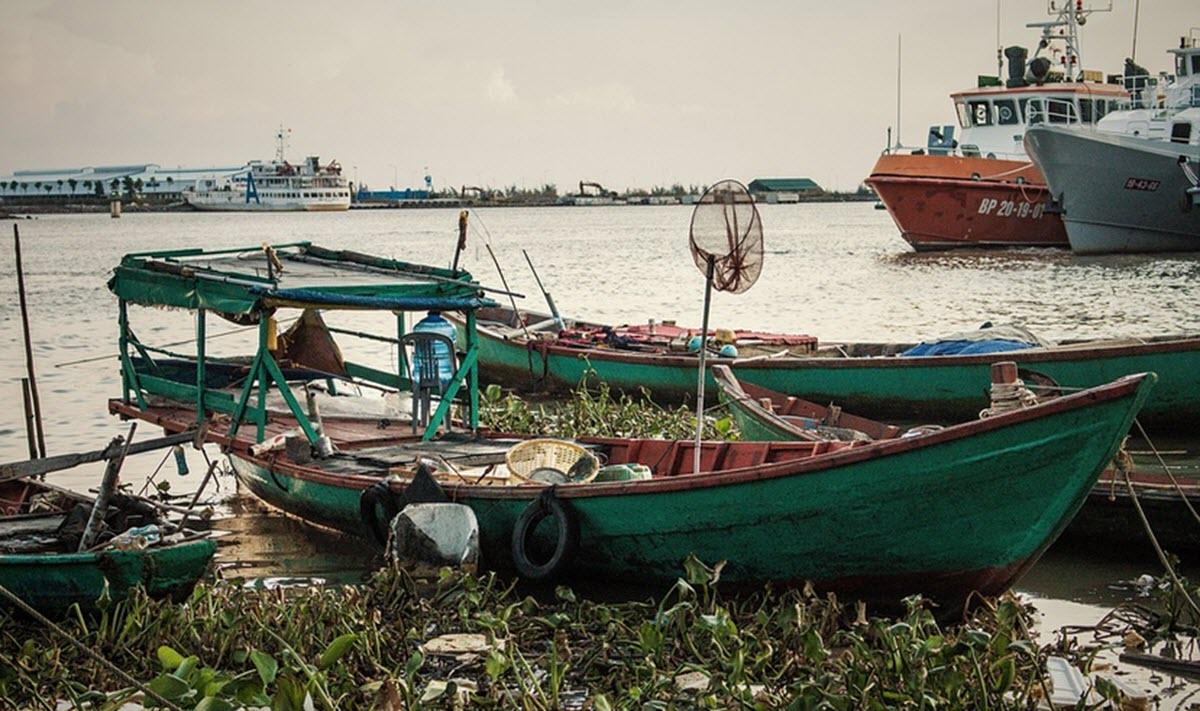 Myanmar fishing